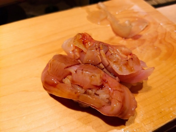 赤貝の身とヒモ