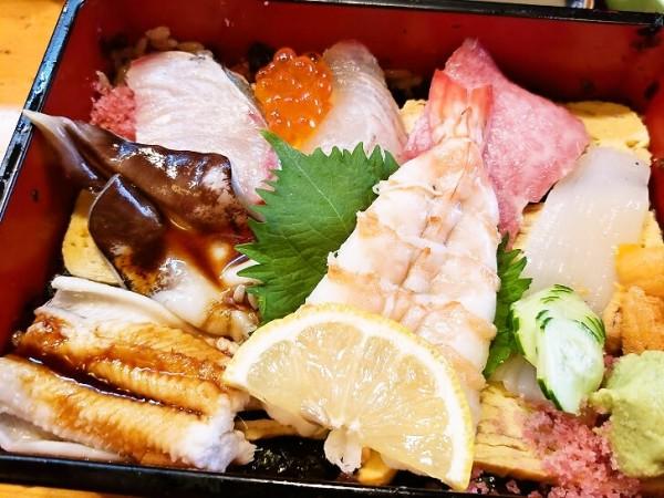 上ちらし定食 2,080円(税込)