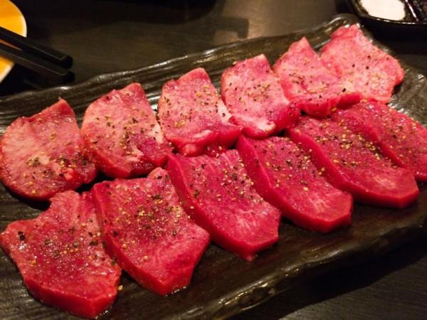 牛タン食べ比べ(上・並)1,580円(税別)