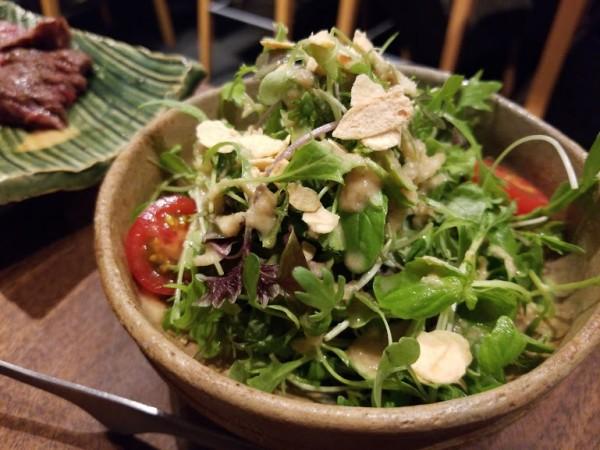 新芽のサラダ